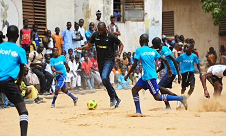 Patrick Viera at a UNICEF supported school, PAH-U7, in Dakar, the capital of Senegal.