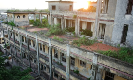 Abandoned housing in Tampico, Mexico