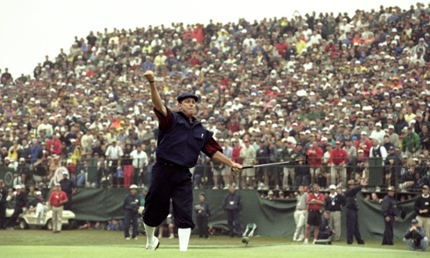 Payne Stewart celebrates victory in the 1999 US Open at Pinehurst No2.