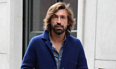 Andrea Pirlo - 2018 Regular Brown hair & simple hair style. Current length:  short hair (chin length)