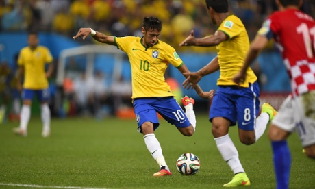 Neymar lets fly and scores the equaliser.