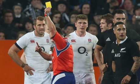 Owen Farrell is shown the yellow card by referee Jaco Peyper.