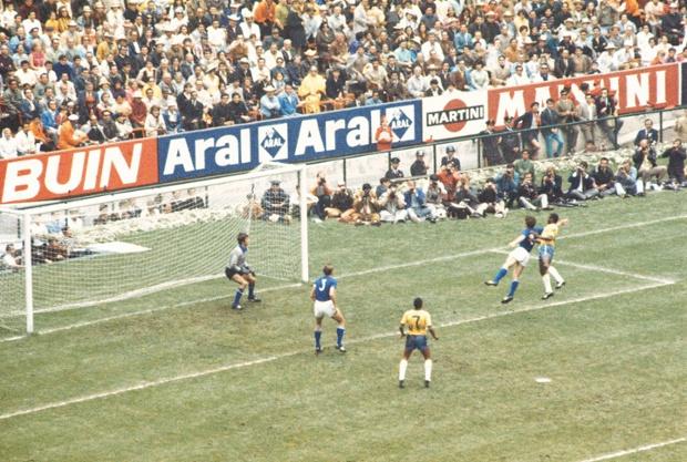 قفزة هائلة لبيليه ضد إيطاليا 1970
