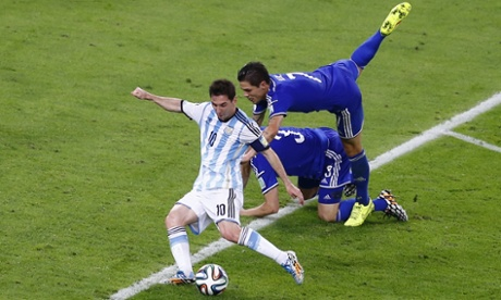 Messi shoots to score Argentina's second goal
