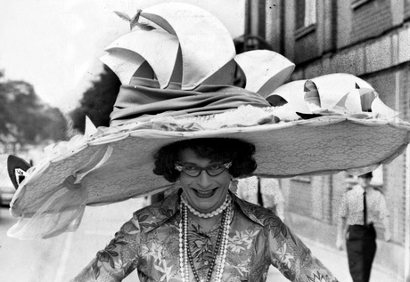 Dame Edna Everidge shows off a new hat at Ascot races, Britain - 1976