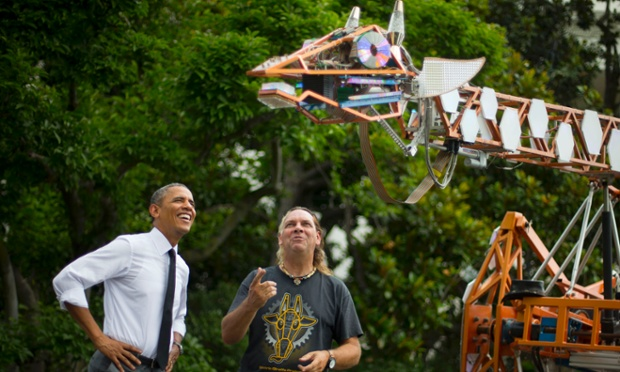 barack obama maker faire robotic giraffe