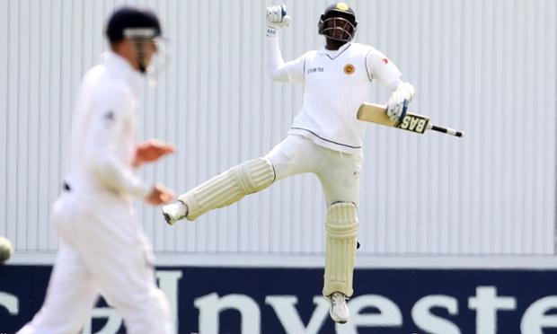 Sri Lanka's Angelo Mathews celebrates his century.