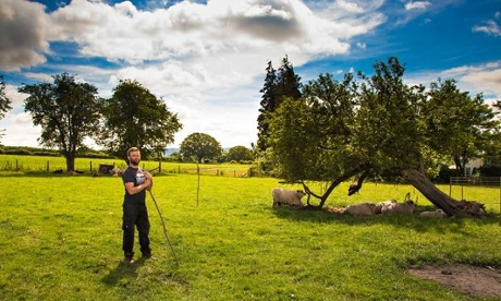 Live Better: Outdoor Workers - Tom Jones