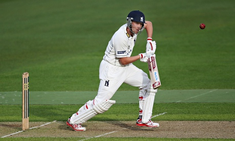 Jonathan Trott could make a first-class return for Warwickshire v Nottinghamshire at the weekend