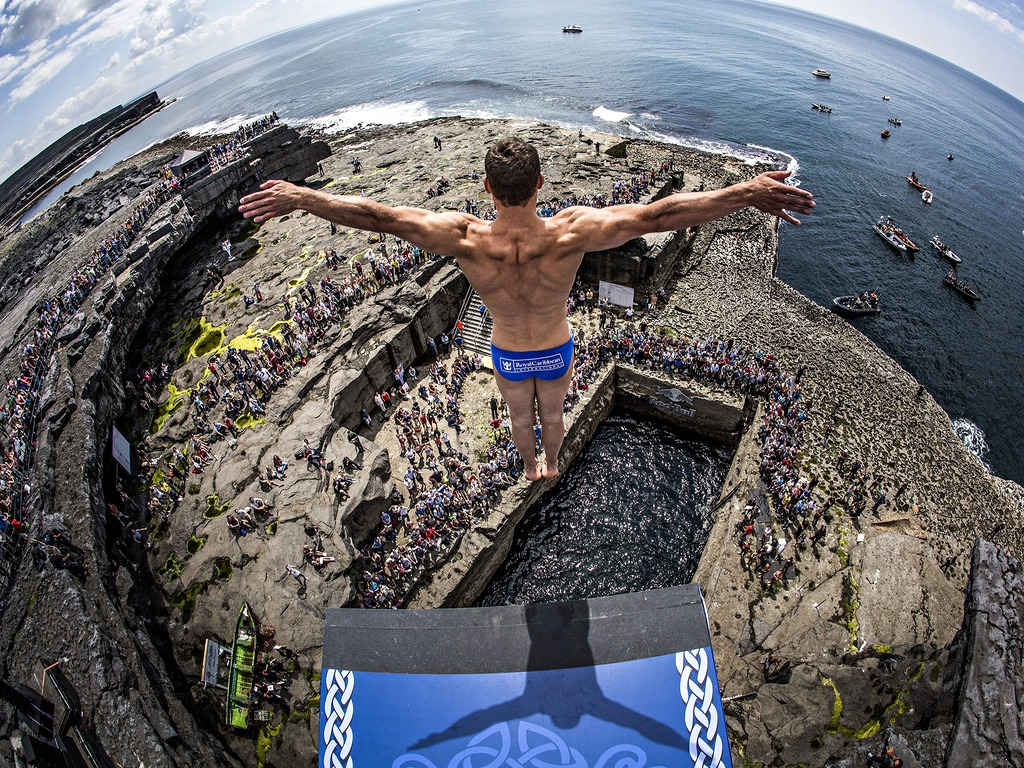 Eyewitness inishmore ireland world news the guardian - Highest cliff dive ever ...