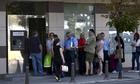 People-queue-up-in-front--006.jpg