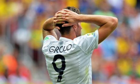 Olivier Giroud has a disappointing game.
