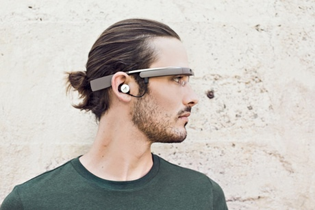 Google Glass … android chic.