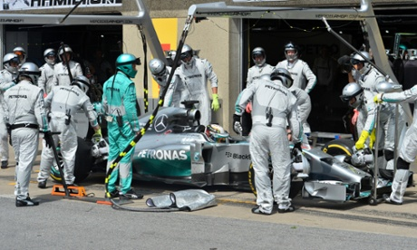 Lewis Hamilton retires from the race.