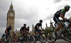 Tour de France passes the House of Parliament