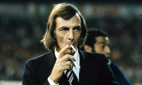 Cesar Luis Menotti concentrating on his cheroot