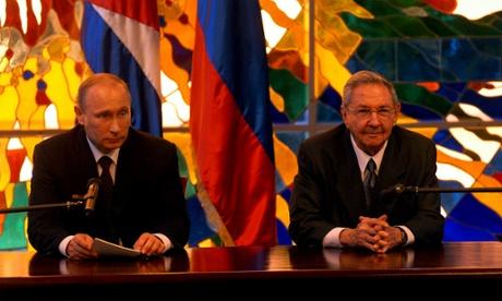 Raul Castro, Vladimir Putin
