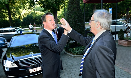Jean-Claude Juncker receives David Cameron
