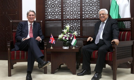 Abbas meets British foreign secretary Philip Hammond