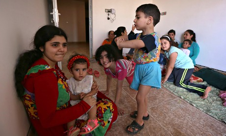 Iraqi Christians fleeing Mosul