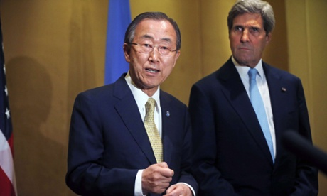 Un Secretary-General Ban Ki-moon (L) makes a statement regarding the violence in Gaza before his meeting with US Secretary of State John Kerry in Cairo July 24, 2014.