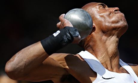 Sport picture of the day: the strain of the shot