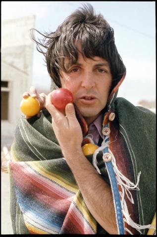 The Beatles Polska: Zdjęcia Wings z lat 70-tych
