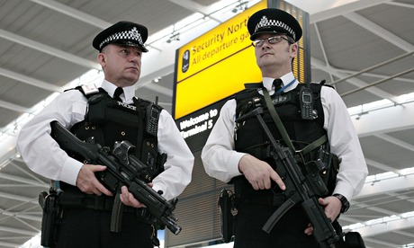 Airport security stepped up in Britain over bomb plot fears