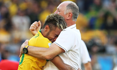 A-crying-Neymar-is-comfor-011.jpg