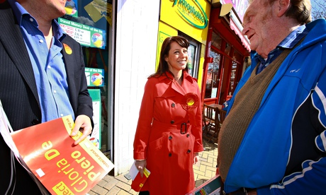 Labour candidate Gloria De Piero canvasses for votes in the 2010 election campaign