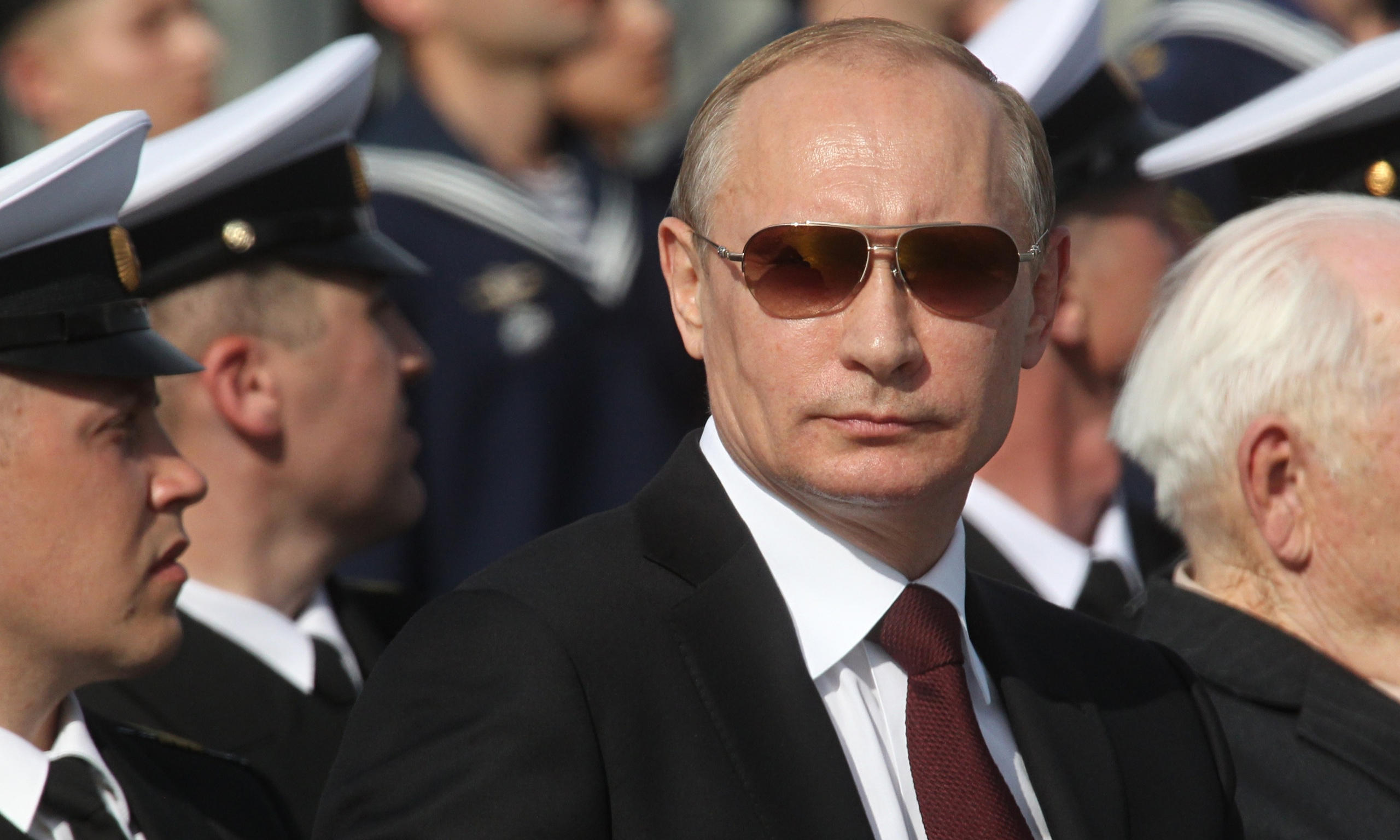 http://static.guim.co.uk/sys-images/Guardian/Pix/pictures/2014/7/31/1406809572640/Vladimir-Putin-at-a-navy--014.jpg