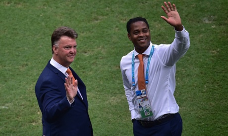 Holland coach Louis van Gaal and sidekick Patrick Kluivert