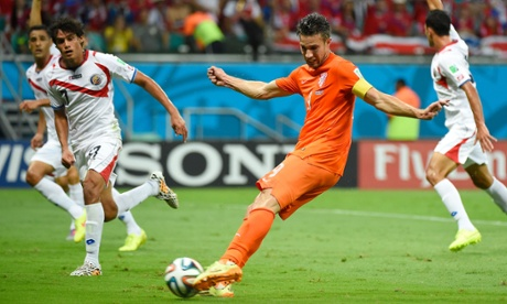 Robin van Persie is among those to spurn a chance for Holland.
