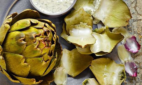 Globe artichokes with sorrel mayonnaise