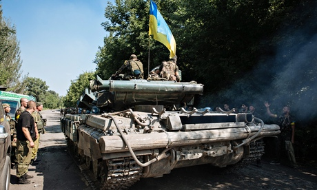 Россия отправляет гуманитарный конвой на Украину, несмотря на предупреждение
