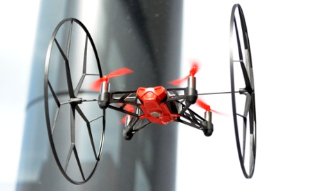 Parrot Minidrones Rolling Spider review