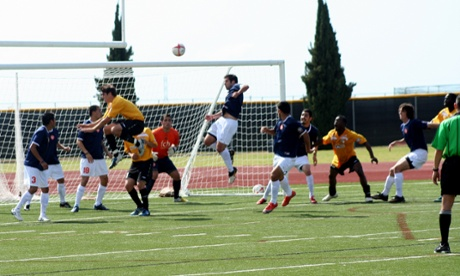 San Diego Flash defeated FC Hasental of Thousand Oaks 3-1 in San Diego's NPSL opening game.