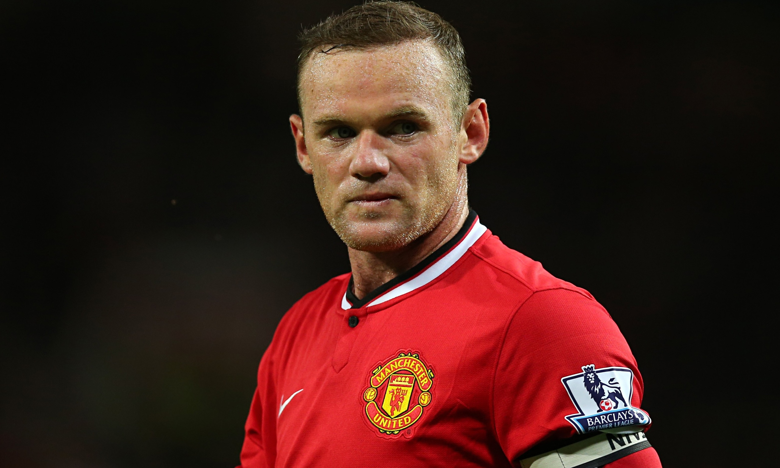 Wayne Rooney earned a 26 million dollar salary, leaving the net worth at 67 million in 2017