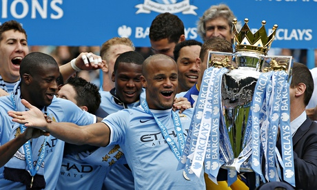 Manchester Citys Vincent Kompany signs new five-year contract