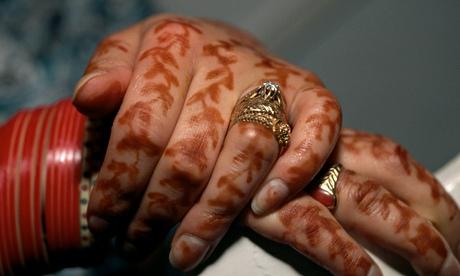 Hands of Sikh Bride