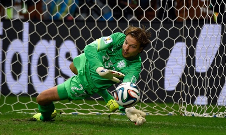 How goalkeepers can use an illusion to save penalty kicks
