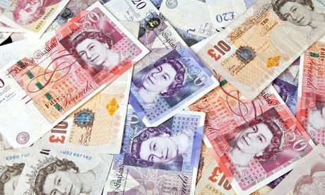 bank-notes-online-gambling-addiction