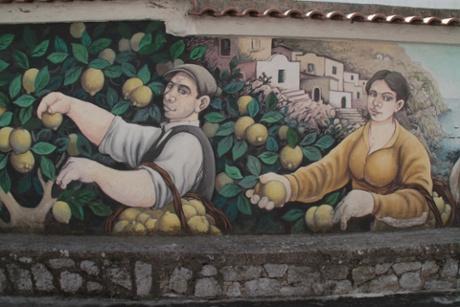 Colourful murals at Furore.
