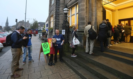 Scottish independence: referendum polling day - live