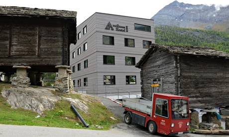 The wellnesshostel4000 in Saas Fee, Switzerland is fitted out with a private spa and swimming pool