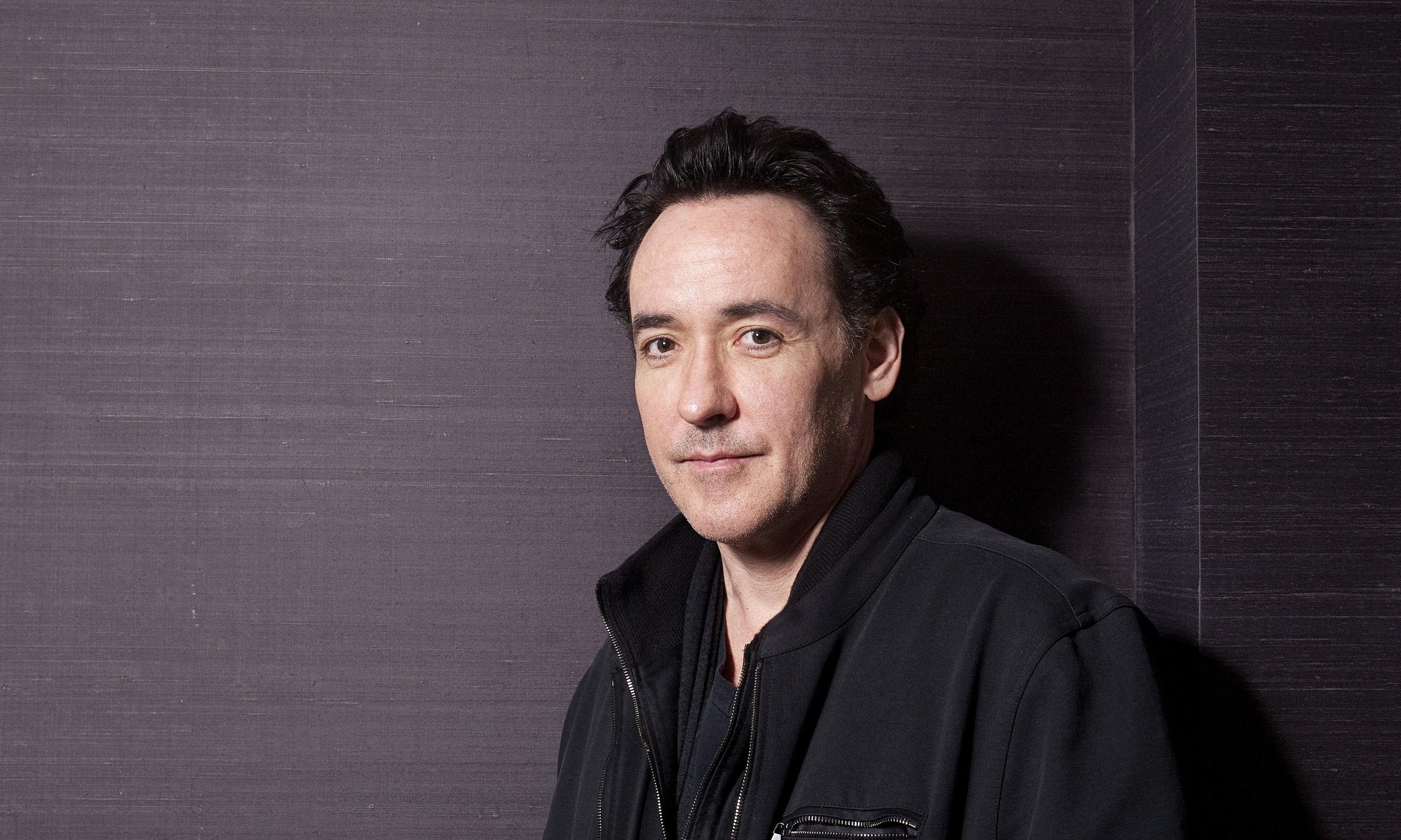 john cusack how tall