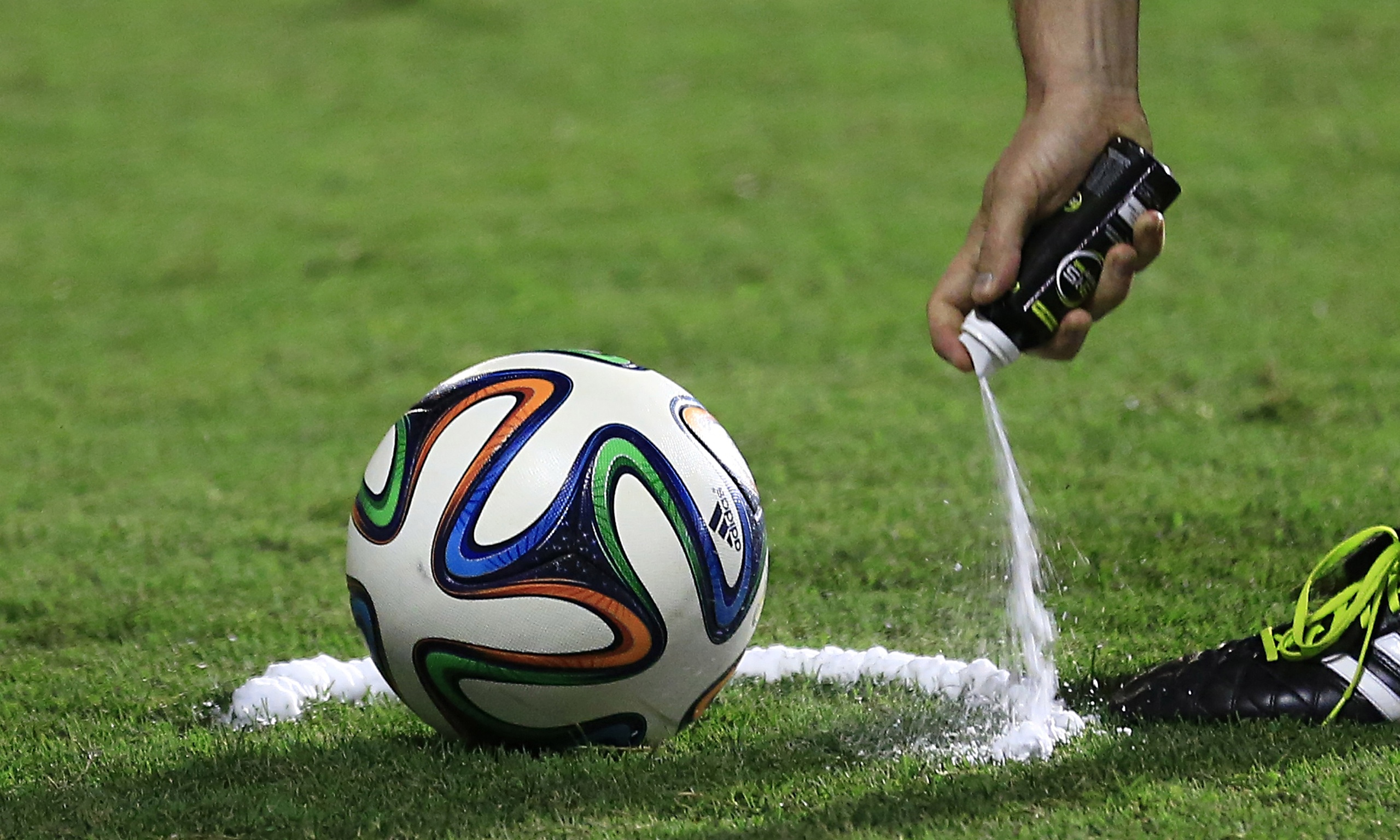 S Ray Football German inspectors say ...