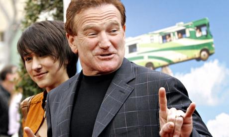 Robin Williams' daughter Zelda back on Twitter after harassment over his death