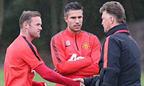 Robin van Persie: I will fight Radamel Falcao for Manchester United place