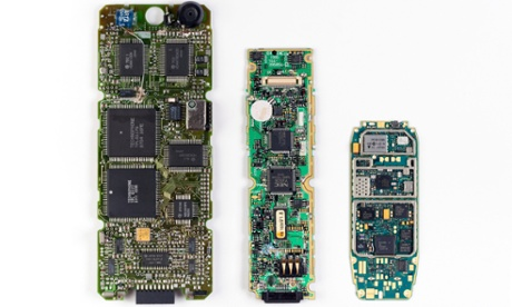Innovations in mobile phone recycling: biomining to dissolving circuit boards